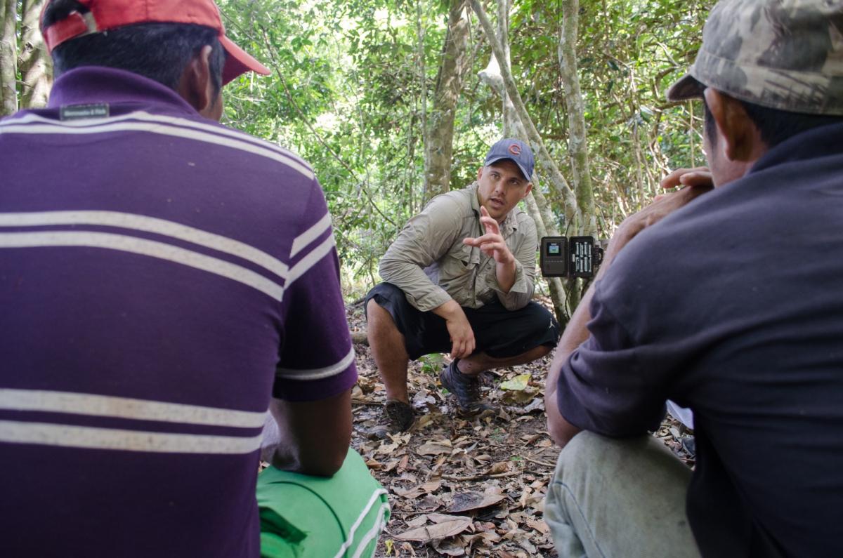 UF Scholarship Winner Works With Guyanese Natives StudyingJaguars